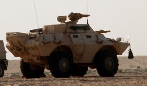 V-150 milik AD Saudi Arabia. Panser ini dipandang pas untuk pengoperasian di wilayah padang pasir