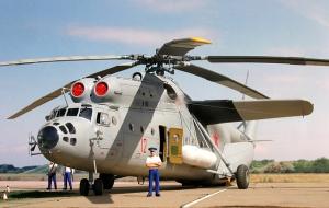 Mi-6 benar-benar sosok helikopter yang sangar