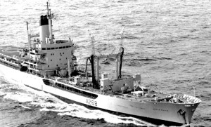 KRI Arun - saat masih dimiliki Royal Navy