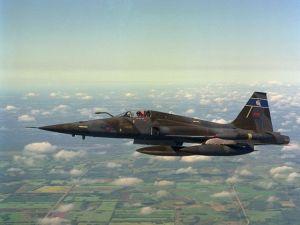 F-5E milik AU Kanada yang di upgrade menjadi CF-5E Tiger. CF-5 punya kemampuan isi ulang bahan bakar di udara.