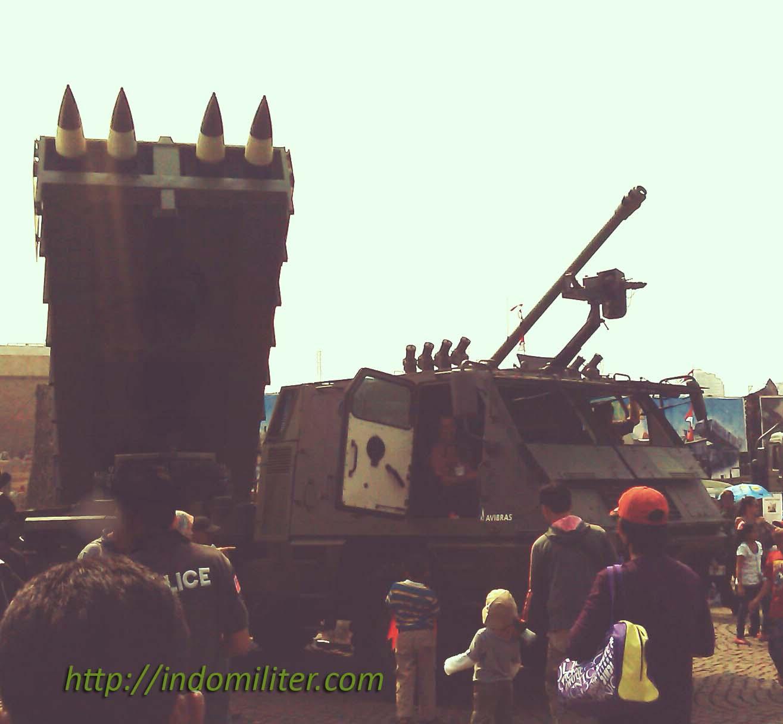 ASTROS II at Pameran Alutsista TNI AD 2012