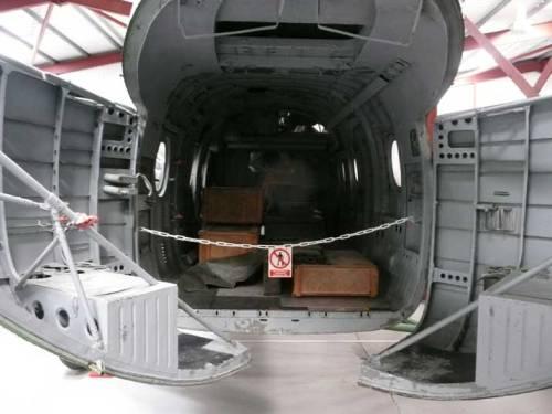 Inilah suasana ruang kabin/cargo saat clamshell door dibuka