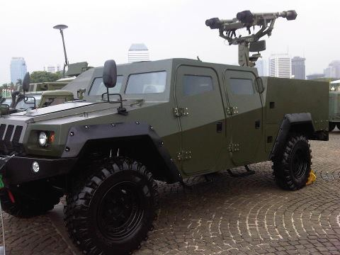 Mistral Atlas dengan kendaraan pengusung Komodo