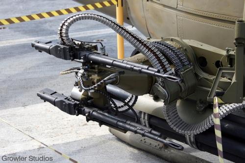 Posisi M-60C yang dipasang pada heli serbu