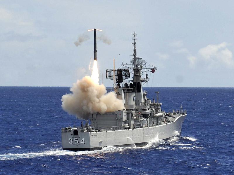 Ujicoba penembakan rudal Yakhot dari KRI Oswald Siahaan 354