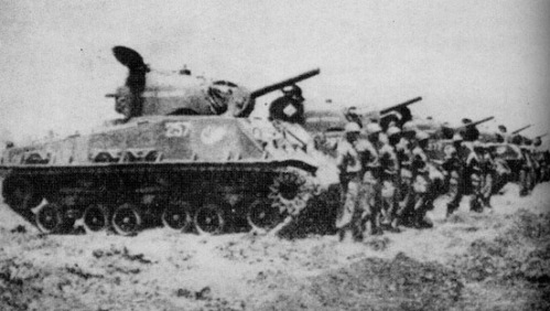 Armada tank Sherman KKO AL