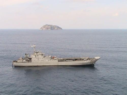 KRI Teluk Manado 537