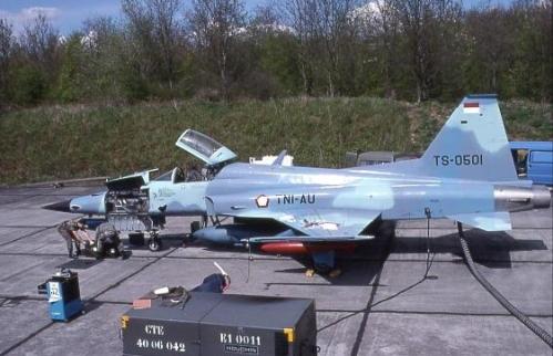 F-5E Tiger TNI AU dalam proses modernisasi oleh SABCA di Belgia