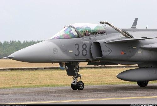 Kemampuan isi bahan bakar di udara menjadi poin penting untuk standar jet tempur TNI AU