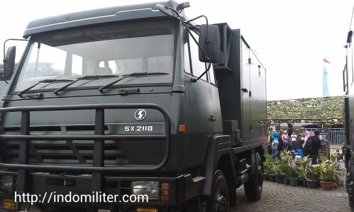 Perangkat FCDV-1 dalam platform truk SX 2110