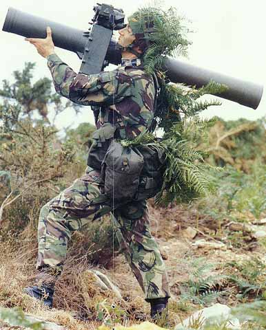 Versi shoulder launcher