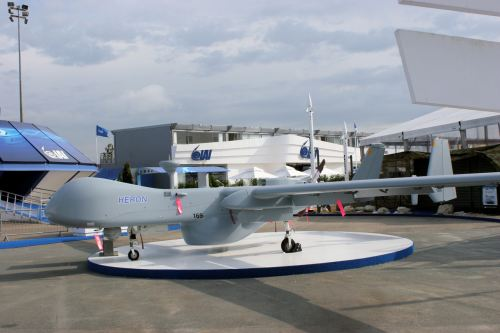Inilah Heron, UAV canggih andalan TNI AU, jenis yang sama juga telah digunakan oleh negara tetangga, yaitu Singapura dan Australia.