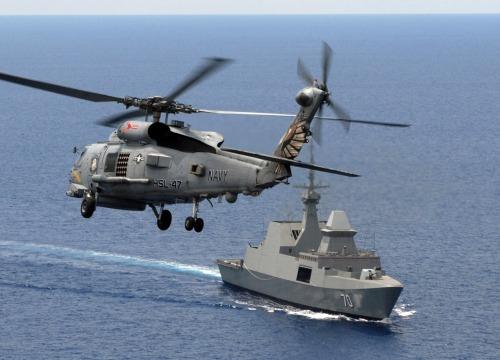 Heli Sea Hawk menjadi kekuatan terpadu dari Formidable Class