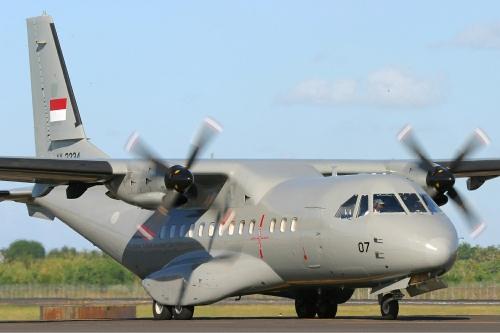 CN-123 220 MPA TNI AL dengan belly dome radar