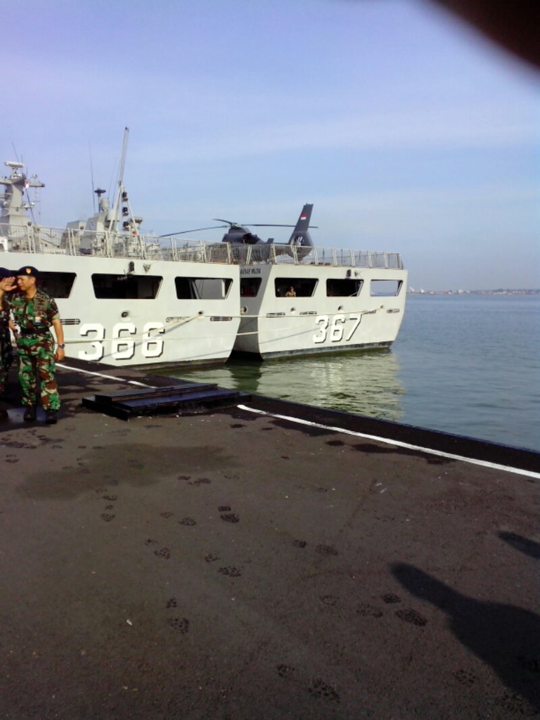 Heli Panther diatas deck SIGMA class TNI AL