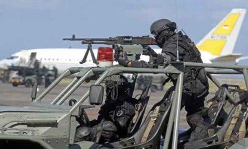 Senjata standarnya FN MAG 7,62 mm
