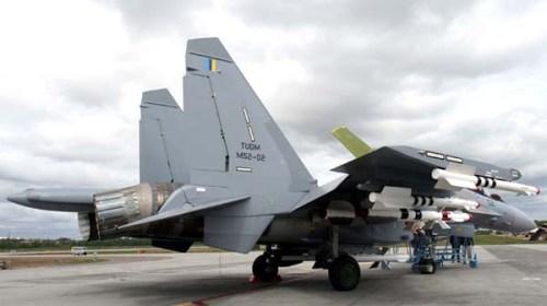 Nampak R-73 pada ujung sayap Sukhoi Su-30 MKM AU Malaysia