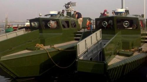 kapal-motor-cepat-komando-tni