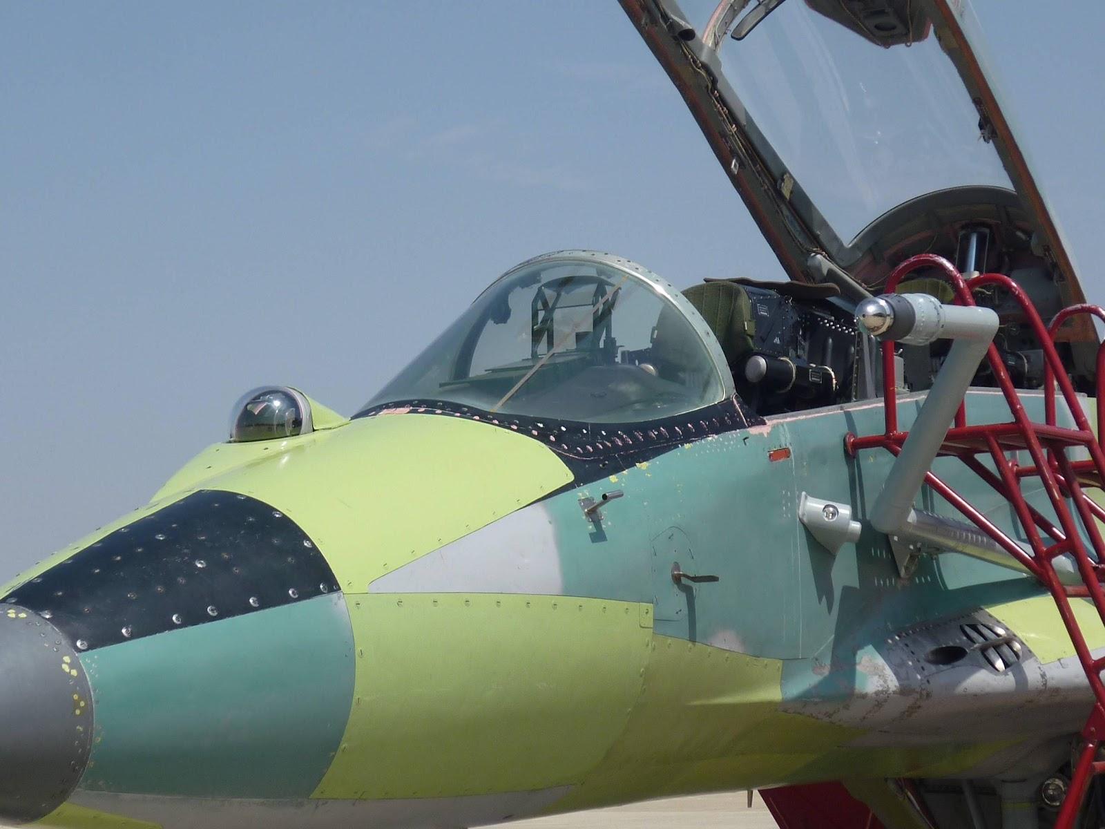 MiG-29UB juga dibekali OEPS