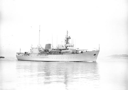 HMS Hydra A144