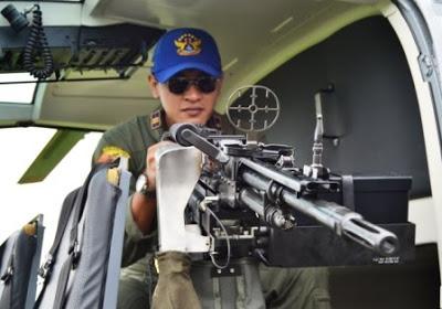 GPMG FN MAG kaliber 7,62 mm sebagai doorgun NBO-105 TNI AL.
