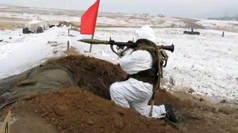 Posisi ideal penembakkan RPG-7.