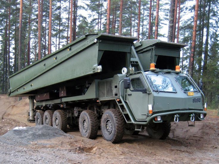 Truk SISU 10x10 LEGUAN MLC70.