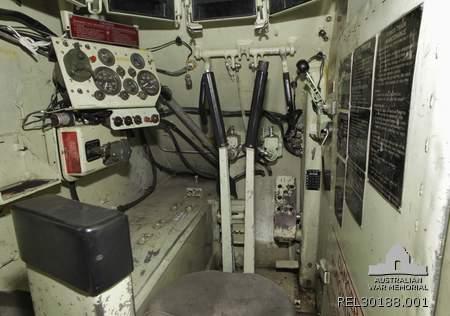 Ruang kemudi M113 A1