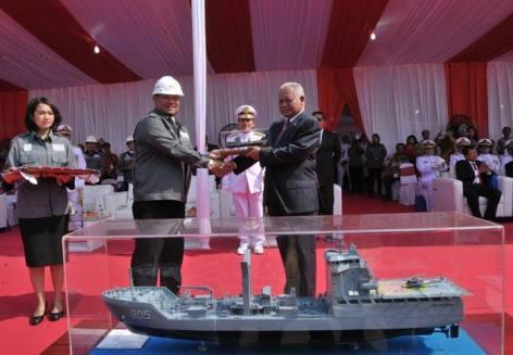 Peresmian KRI Tarakan 905 oleh Menteri Pertahanan Purnomo Yusgiantoro pada 26 September 2014.