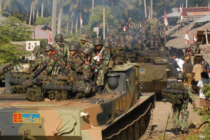 Seperti halnya M-113, BTR-50 laris digunakan sebagai battle taxi dalam operasi pertempuran.