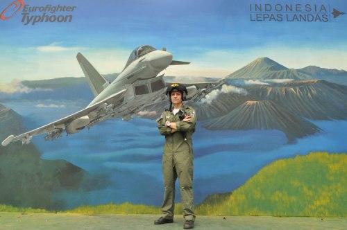 Paul Smith, test pilot Tyohoon.