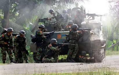 Dengan dimensinya yang besar, BTR-50 juga efektif sebagai tempat berlindung bagi pasukan.