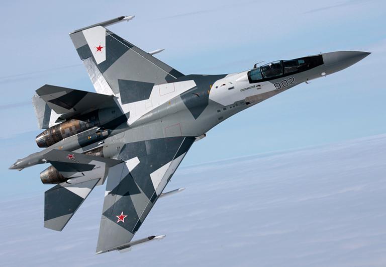 Su-35 paling di favoritkan oleh masyarakat sebagai pengganti F-5E/F TNI AU.