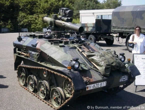 Wiesel membawa rudal anti tank TOW