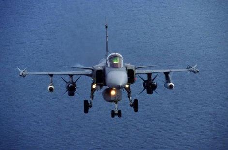 RBS-15 dapat digotong oleh jet Gripen.