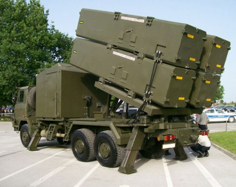 RBS-15 dalam platform peluncur truk.