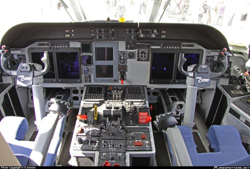 Tmpilan kokpit C-295.