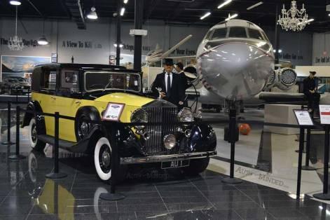 JetStar jadi etalase dalam museum James Bond.