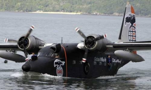 Albatross tampil dalam film Expendables.